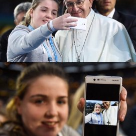 selfie with the pope