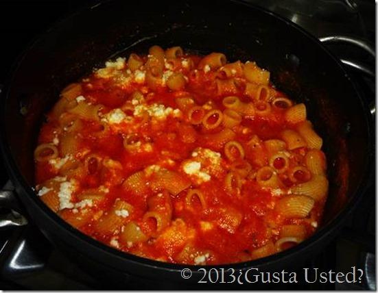 Deliciosa Sopa de Coditos en Salsa de Tomate 3 quesos La