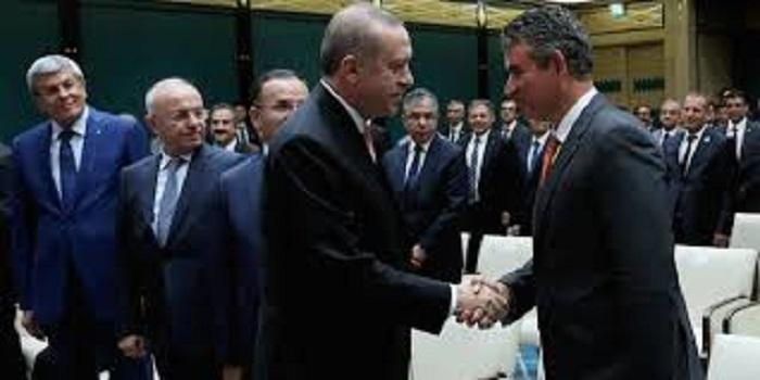 Elçi ve Kozağaçlı 'terörist' Metin Feyzioğlu 'Başkan'