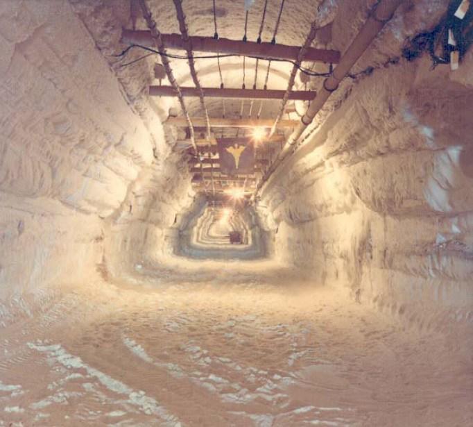 Titkos alagutak a jég alatt