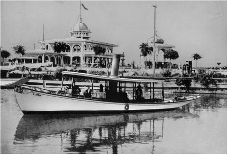Mannessier's Pavilion at West End, 1900s. (NOPL collection in the Public Domain)