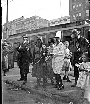 John Mendes photo - Maskers in the 800 block of Canal, 4-Mar-1919