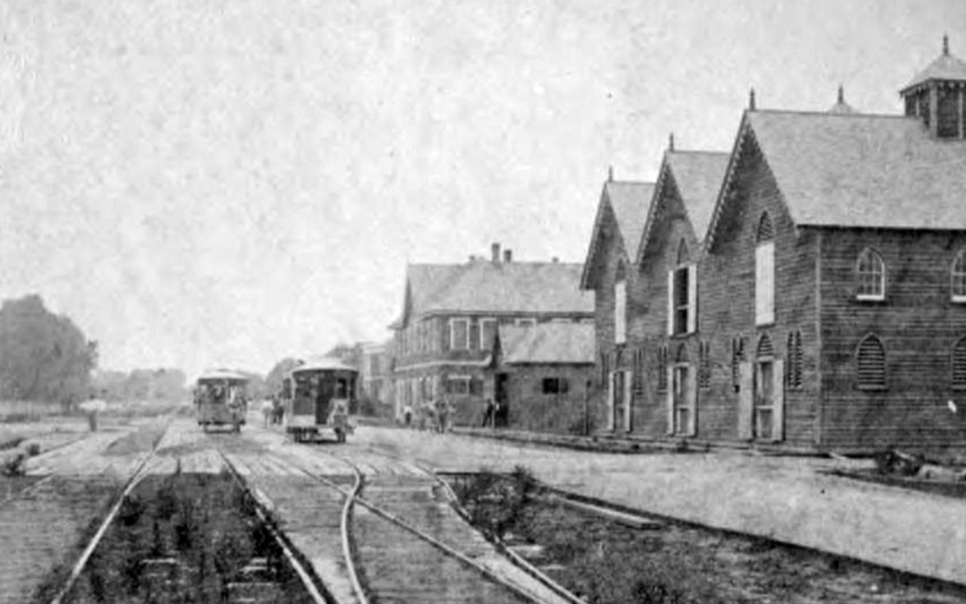 Napoleon Avenue at St. Charles 1860 #StreetcarMonday