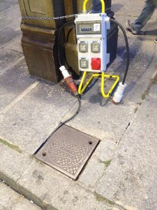 Acometidas eléctricas desde el alumbrado público