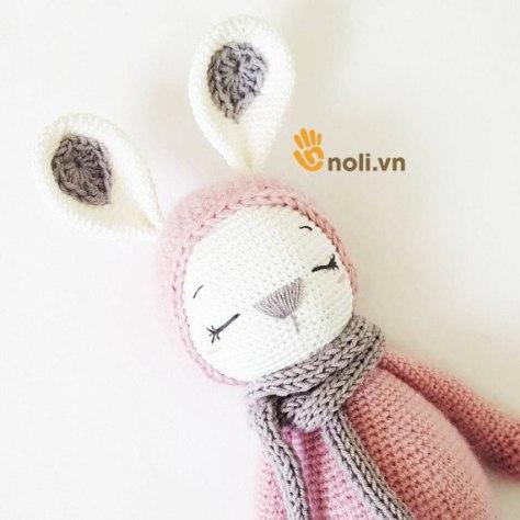 Hướng dẫn móc thỏ len Sleeping Bunny Zoe của nhà thiết kế Amalou Design