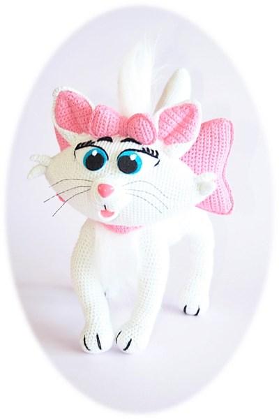 hart mèo trắng dễ thương dành cho bé gái
