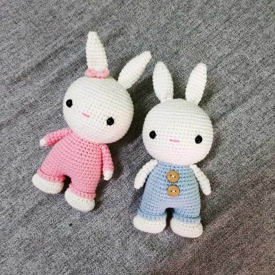 Học cách móc thỏ TuBa của tác giả Yen Nguyen