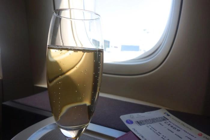 Cathay シャンパン