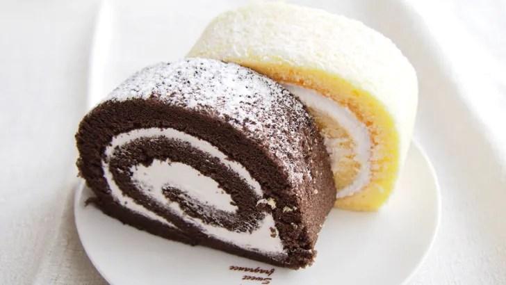 コストコの米粉のスイスロール(カットしたロールケーキの表面)