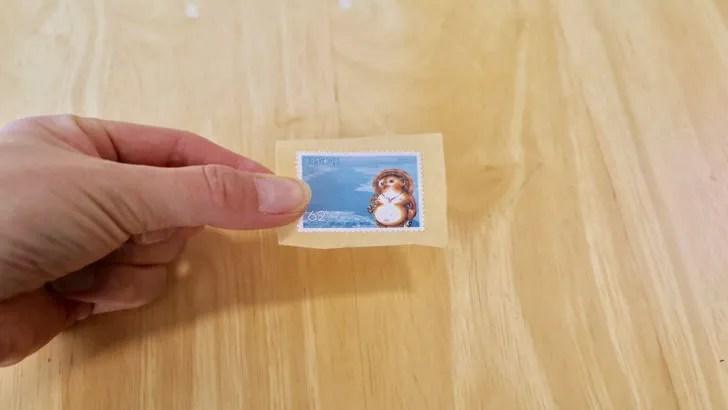 一度貼った切手をお湯で綺麗にはがす方法(62円切手)
