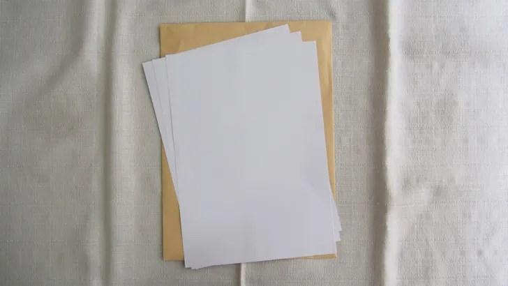 A4サイズの封筒に貼る切手の料金(A4サイズの封筒と書類)