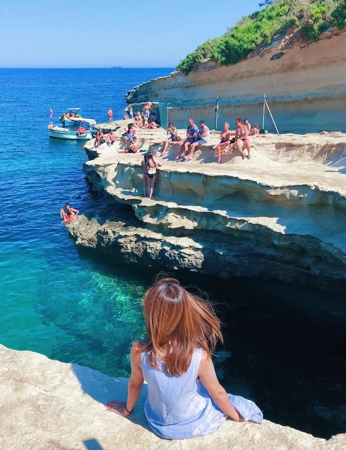 マルタ語学留学のアクティビティで参加したセントピーターズの海