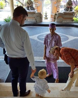 På vej til bryllup på Bali