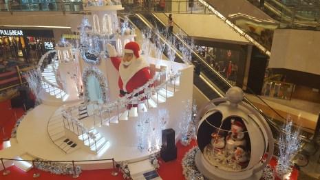 Jul i vores lokale mall