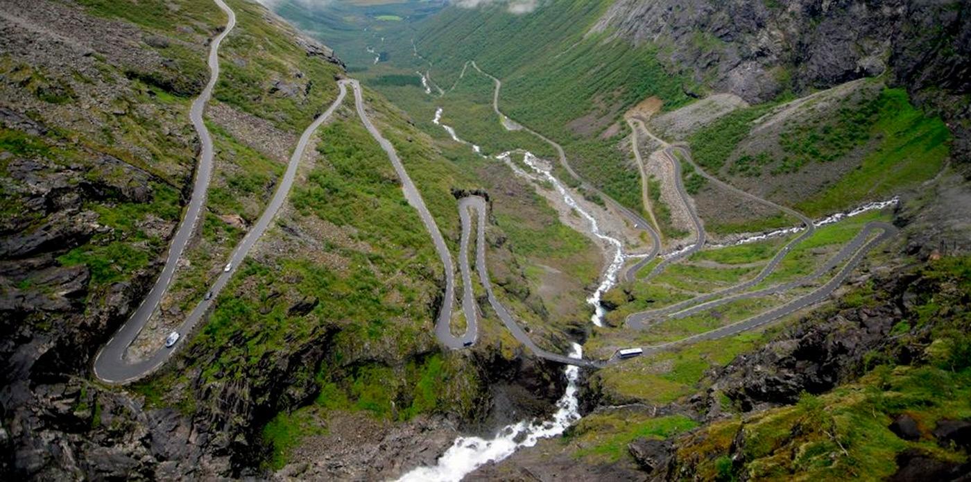 Você toparia  Conheça a estrada mais perigosa do mundo  a2c79aeae8a