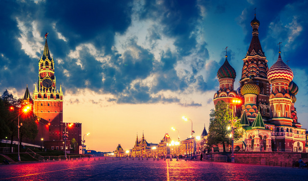 04-images-of-red-square-moscow-russia-at-night-st-basils-cathedral