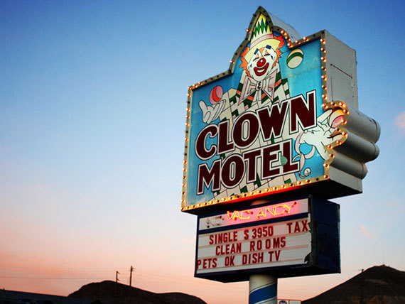 clown_motel (1)