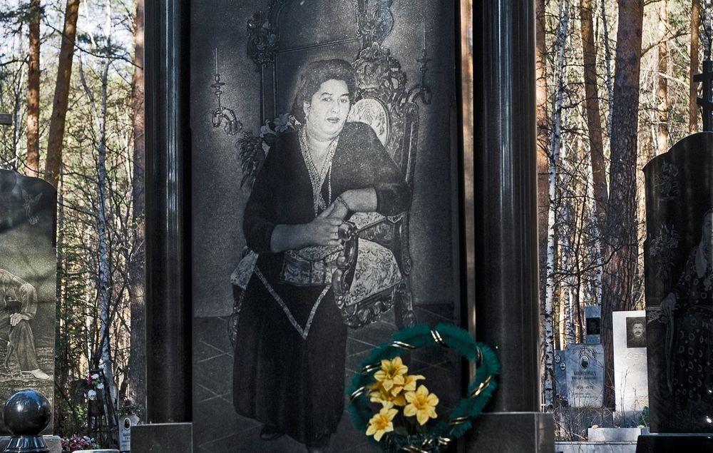 gangster-cemetery-yekaterinburg-237
