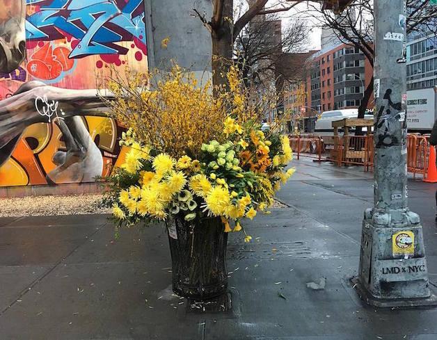 trash-can-vase-flower-flashes-lewis-miller-design-3