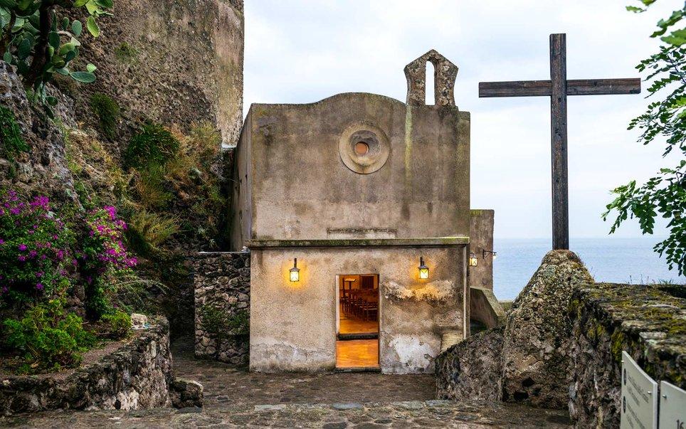 ischia-italy-aragonese-castle-WBISLAND17
