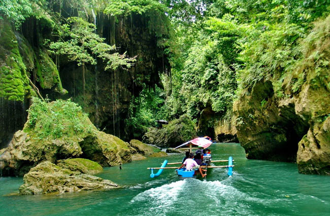 green-canyon-indonesia