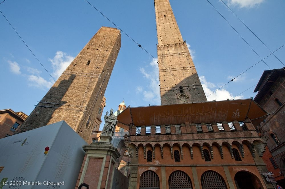 towers-of-bologna-22