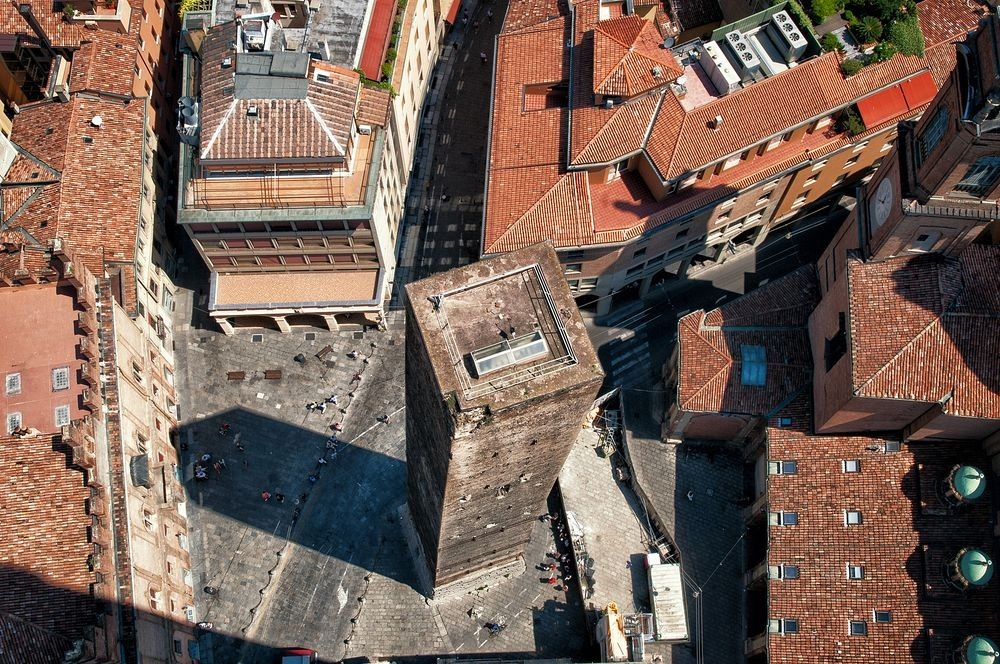 towers-of-bologna-42