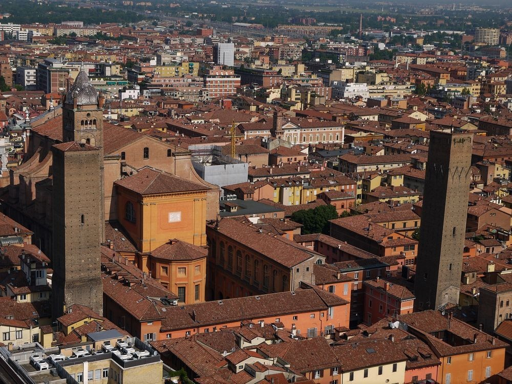 towers-of-bologna-52