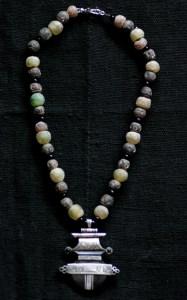 Tuareg ebony amulet with terre cuite and batik bone beads