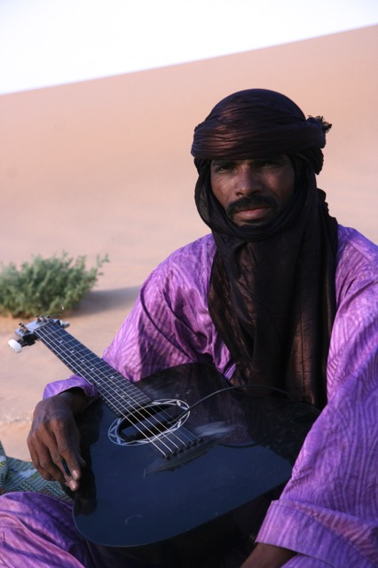 The main attraction for young nomads is the guitar which lasts all night. Hasso is a superstar in Niger and rocked until 2 am.  I was too tired to go but could listen from the comfort of my bed.