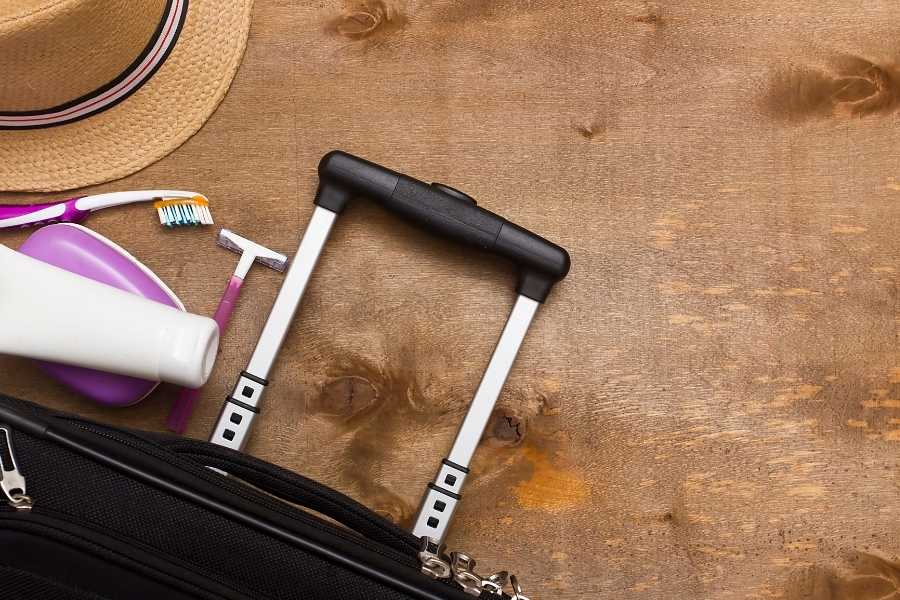 5 Beauty Products to Help You Travel Light