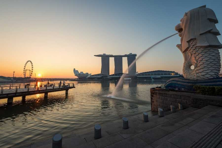 How To Travel Singapore On A Budget