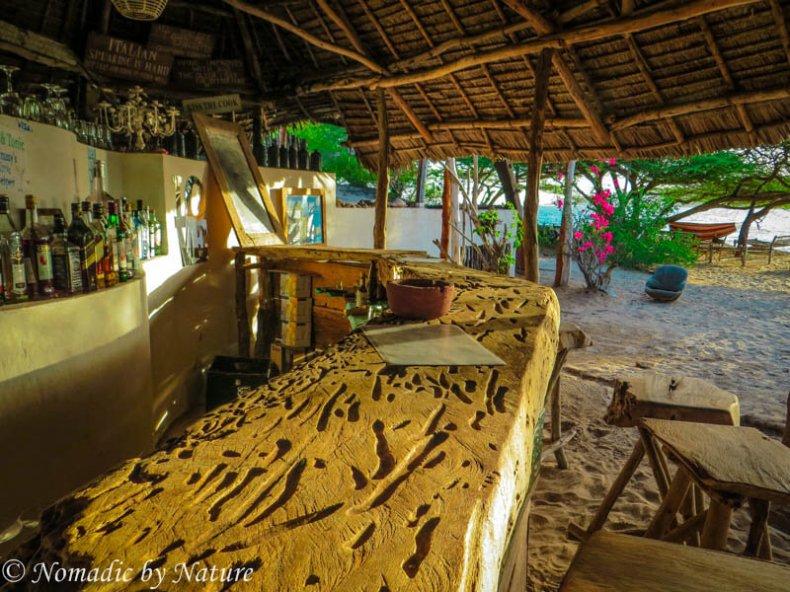 Driftwood Bar of Manda Beach Club