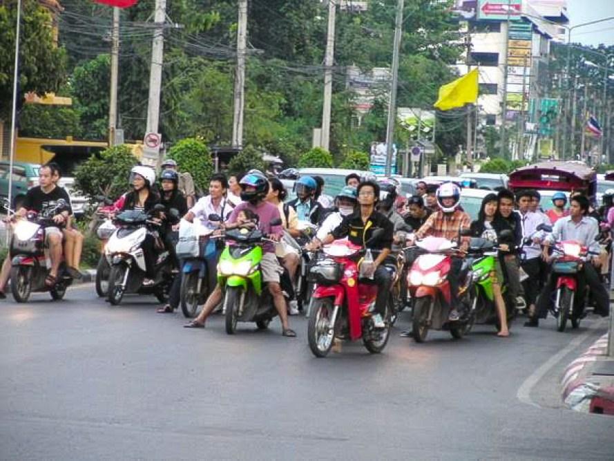 Bangkok to Phuket, Bangkok to Phuket: Plane, Train, Bus, Boat, Hitchhike or Drive