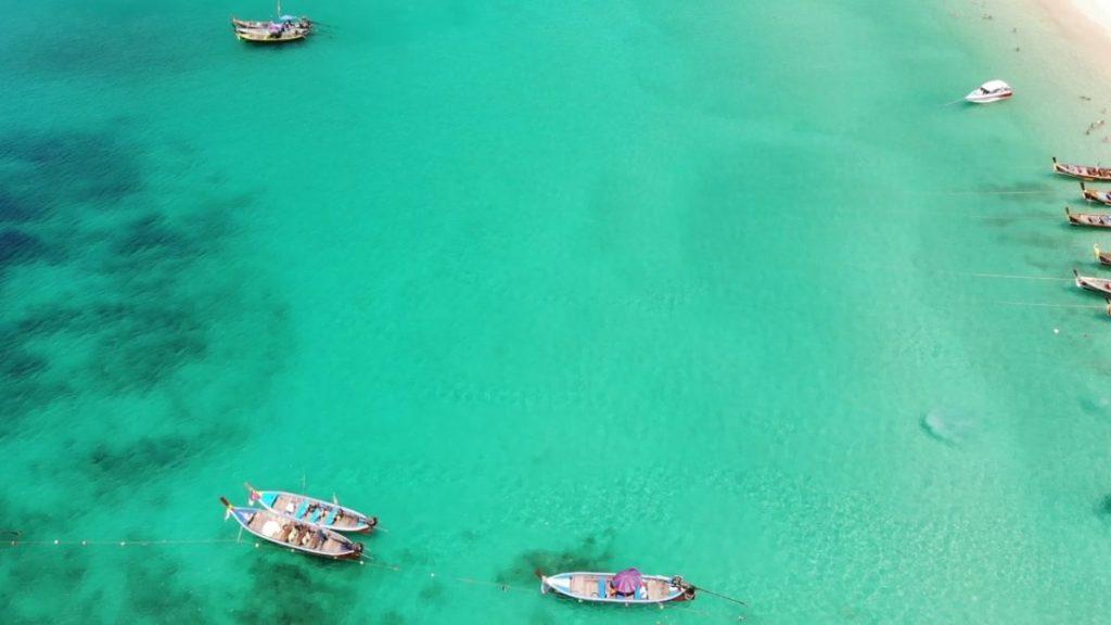 freedom beach boats