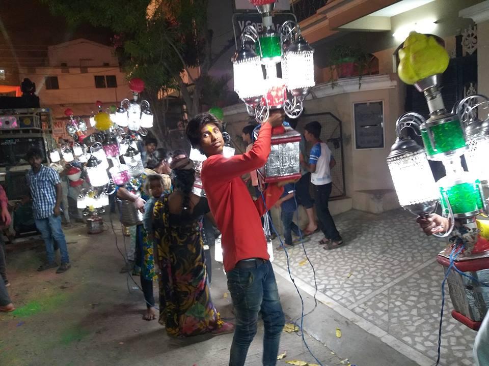 holi fest lights