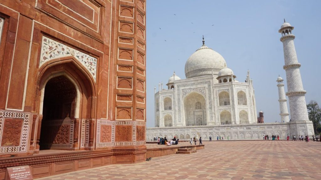 taj mahal facts - nomadic nava