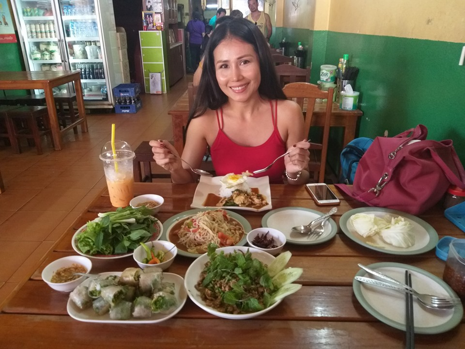Vientiane Food with Nomadic Nava