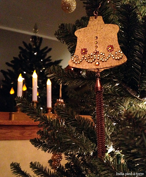 Temple-Bell-Christmas-Tree-Ornament