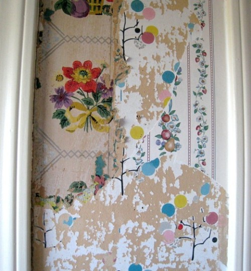 Wallpaper Layers via Apartment Therapy
