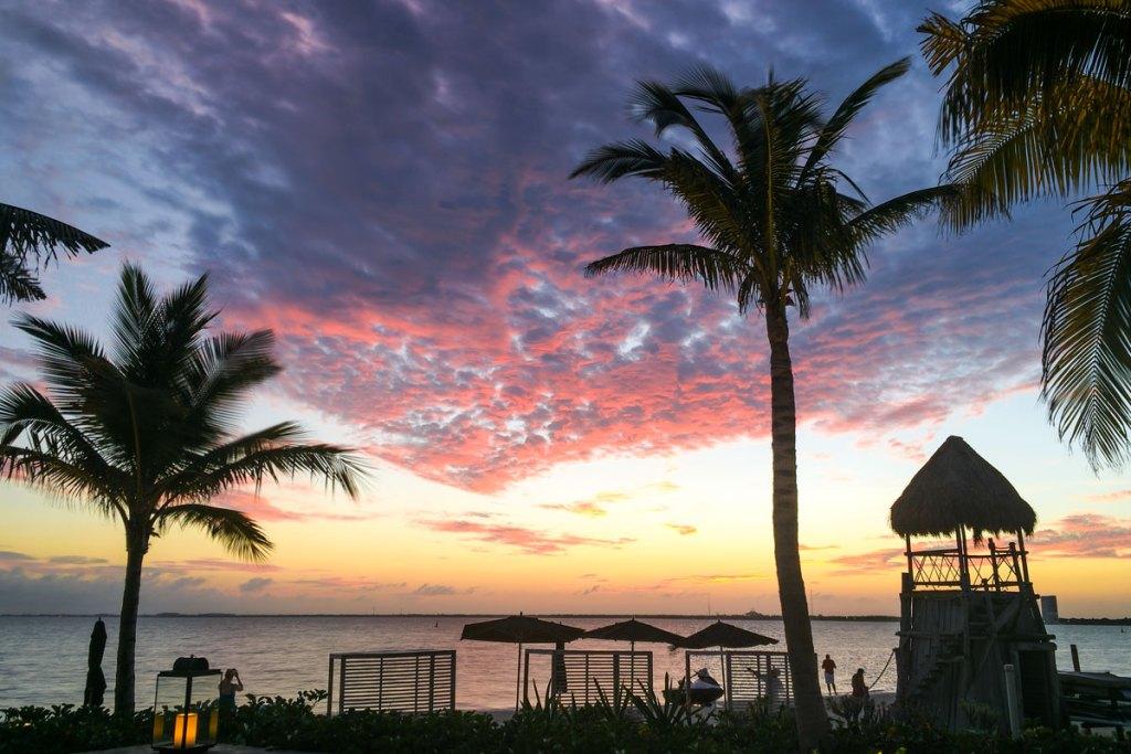 Nizuc Resort sunset