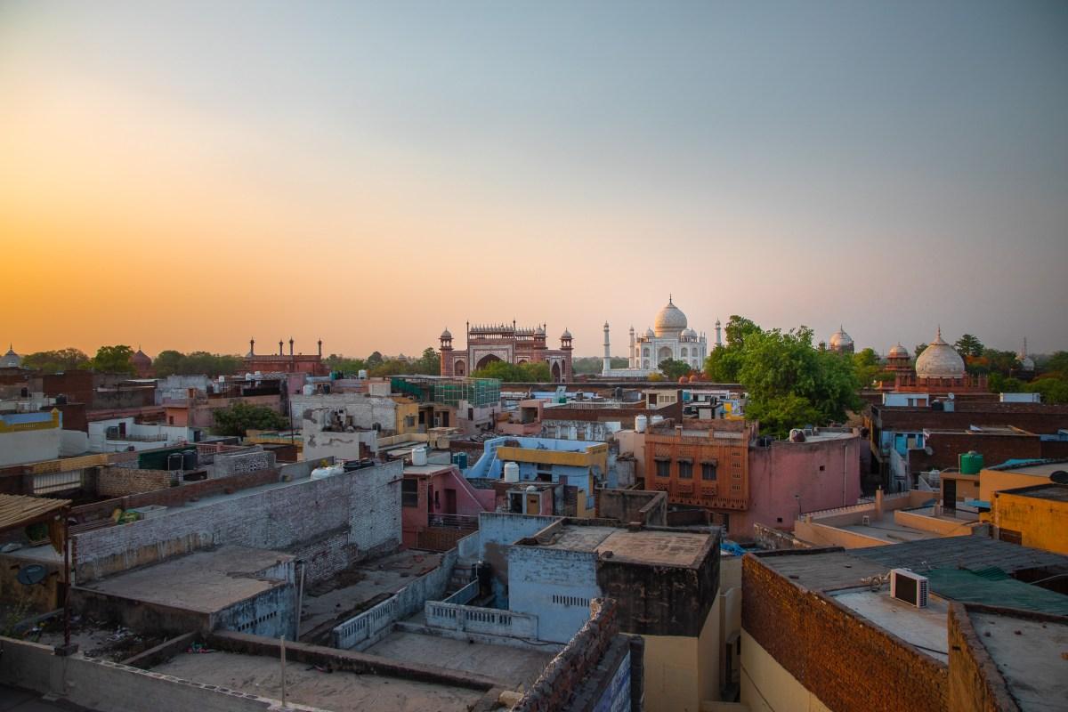 VIew of Taj Mahal in Agra, India