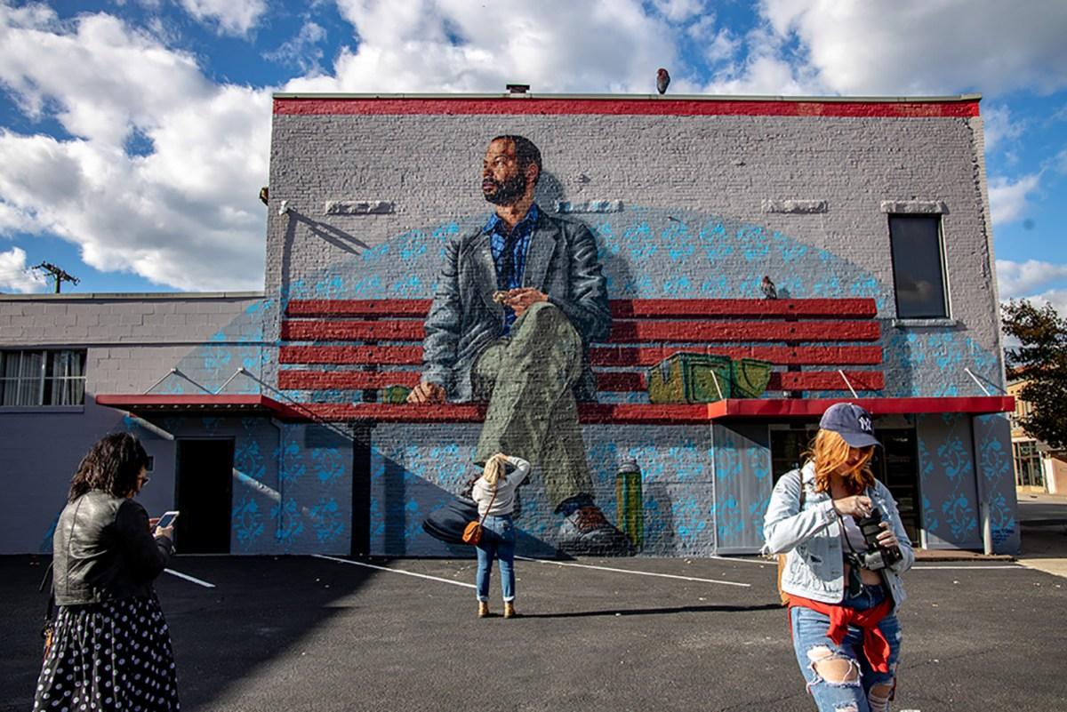 Mural Hunting in Charleston, West Virginia