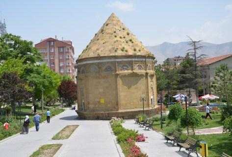 Hüdavend Hatun Türbesi in Niğde, Turkey
