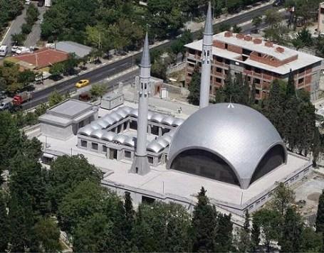 Şakirin Camii – photo courtesy of www.camilerveturbeler.com in Üsküdar, Istanbul, Turkey