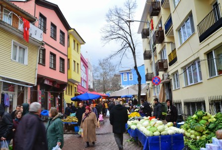 Street market in Bursa, Turkey