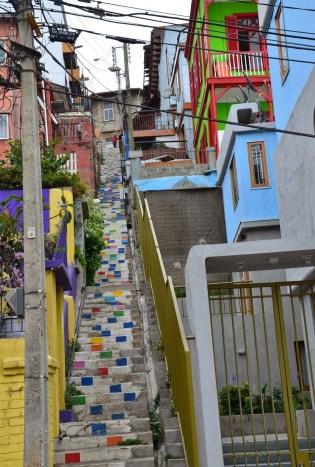 An alley along Calle Ferrari in Valparaíso, Chile