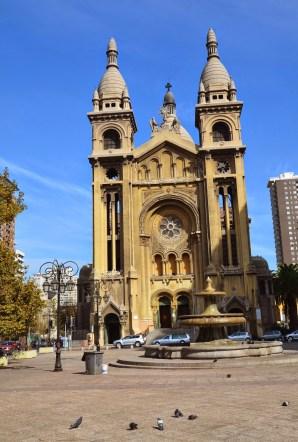 Basílica de los Sacramentinos in Barrio Dieciocho, Santiago de Chile