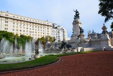 Monumento Dos Congresos in Buenos Aires, Argentina