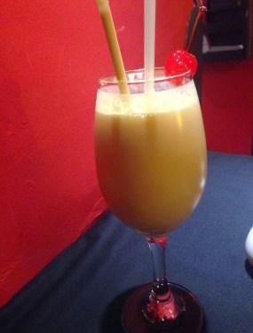 Milkshake de maracuyá at Marcelo Batata in Cusco, Peru